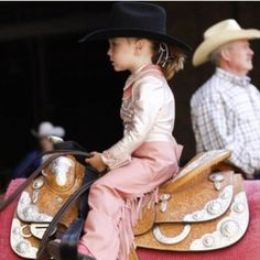 Horse Country Campground is about passion for horses and the equine lifestyle. Camping, seasonal rentals, trail riding clinics and learn to ride programs. Rodeo Cowboys, Cowgirl Bling, Cowboy And Cowgirl, Western Riding, Western Wear, Cowboys And Angels, Horse Show Clothes, Rodeo Queen, Little Cowboy