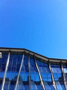 @SpencerHowson  #612bluesky @BCEC_Brisbane Blue, blue and more blue - hopefully not a sign of things to come this week! 11.57am