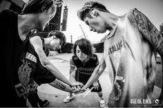 ONE OK ROCK in Nagisaen. By julenphoto.  https://www.instagram.com/p/BKMuzcsj6ip/
