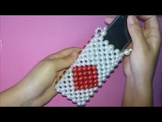 How To Make Crystal Beaded Purse Or Mobile Holder Beaded Purses, Beaded Bags, Beaded Jewelry, How To Make Crystals, Diy And Crafts, Arts And Crafts, Purse Tutorial, Beaded Crafts, Handmade Art