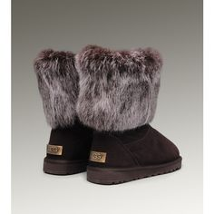 What is Nice Christmas Gift,I Got A Ugg Boots 5803 For My daughter,She like the ugg very much. Fancy Shoes, Me Too Shoes, Ugly Shoes, Ugg Boots Cheap, Snow Boots Women, Designer Boots, Boots Online, Fashion Boots, High Fashion