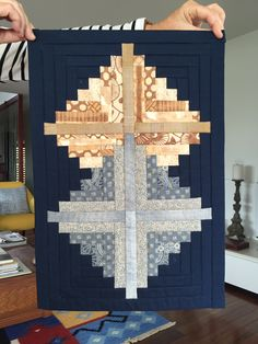 Sewing | Quilt | Log Cabin | Silver | Gold
