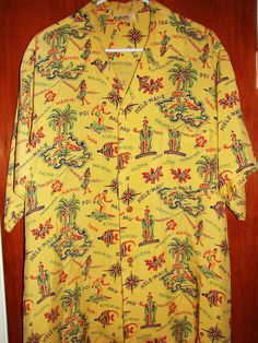 The world's largest on-line collection of Vintage Hawaiian Clothing and Collectibles. King Kamehameha, Island Map, Vintage Hawaiian Shirts, Aloha Shirt, 50s Vintage, Hawaii Shirts, Vintage Fashion, Men Casual, Mens Tops