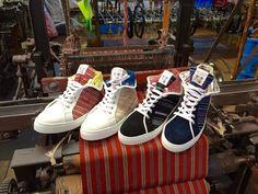 伝統はトレンドになじむ450年の歴史から生まれた會津木綿スニーカー