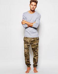 ASOS | ASOS – Loungewear – Hose mit Camouflage-Print und Waffelstruktur bei ASOS
