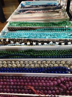 More #gemstone eyecandy from the #NYC Whole Bead Show. Look at these fantastic trays of stones!