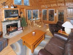Find great lodging deals in Gatlinburg that will leave you with some extra jingle in your pocket.