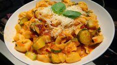 Τορτελίνια με κολοκυθάκια.!! ~ ΜΑΓΕΙΡΙΚΗ ΚΑΙ ΣΥΝΤΑΓΕΣ 2 Potato Salad, Potatoes, Chicken, Meat, Ethnic Recipes, Food, Potato, Essen, Meals