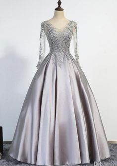 Elegant Sliver Evening Dresses A-Line Scoop Illusion Lace Up Long Sleeves Floor Length Appliques Beading Real Picture Prom Gowns