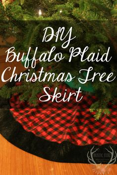 DIY Christmas Tree Skirt in Buffalo Plaid