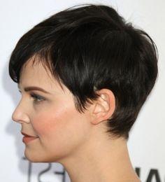 Brown Long Hair With Caramel Highlights - Cute Medium Hairstyles