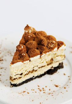 This Tiramisu Cheesecake is to die for! It's so beautiful you would think it's hard to make but it's really so easy! It's perfect for a birthday or party!