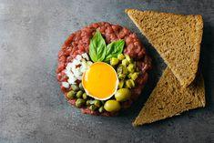 Tatarský biftek. Dairy, Eggs, Cheese, Breakfast, Food, Morning Coffee, Essen, Egg, Meals