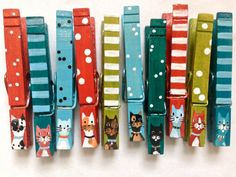 10 CAT CLOTHESPIN magnets hand painted