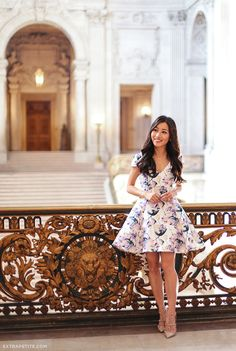 spring style // purple & white floral flare dress, Valentino rockstud pumps at San Francisco city hall Source by EPStyle Dresses Fit N Flare Dress, Extra Petite, Moda Petite, Valentino Rockstud Heels, Moda Floral, Saint Laurent, Fashion Tape, Petite Dresses, Shabby Chic