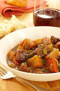 Veal and Root Vegetable Stew Save Print This simple stew is bursting with the sweet flavour of root vegetables, complemented by the mild taste of tender veal. The late addition of the carrots, parsnips and turnips allows them to retain their fresh flavour and form. Serve with crusty whole grain bread and a glass of your favourite red wine. Author: ontariovealappeal.ca Recipe type: Main Serves: 4-6 Ingredients 2 tbsp (30 mL) all purpose flour 1 tsp (5 mL) each salt and fresh cracked pepper…