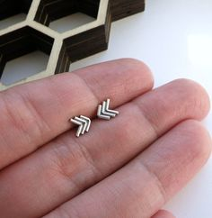 mini chevron earrings...these would look great with my new necklace ;)