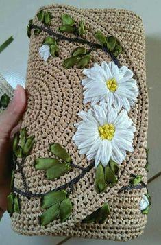 outlander knitting pattern - knitting patterns for womens cardigans knitting patterns hats free knitting patterns for a baby Crochet Clutch, Crochet Handbags, Crochet Purses, Crochet Bags, Outlander Knitting Patterns, Knitting Patterns Free, Crochet Patterns, Free Knitting, Baby Knitting