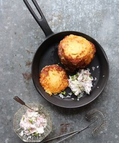 Nopeat perunablinit | Maku Savory Snacks, Iron Pan, Potato, Treats, Kitchen, Recipes, Food, Sari, Drink