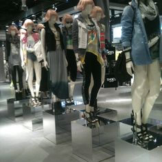 "Our ""Belief"" army. TOPSHOP LV"