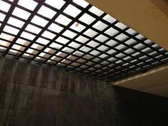 Modern living room by cenit arquitectos modern Facade Design, House Design, Patio House Ideas, Supermarket Design, Two Storey House, Metal Screen, Home Safes, Facade House, Glass Blocks