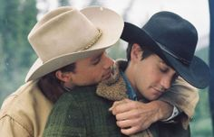 A gallery of 89 Brokeback Mountain publicity stills and other photos. Featuring Heath Ledger, Jake Gyllenhaal, Anne Hathaway, Michelle Williams and others. Jake Gyllenhaal Peliculas, Brokeback Mountain, Ang Lee, Hot Cowboys, Cute Gay Couples, Heath Ledger, Romantic Movies, Good Movies, Movies And Tv Shows