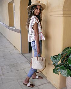 Globe Trotter Dream • Believe • Achieve www.shopsincerelyjules.com