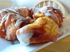 """Easy Pumpkin monkeybread... I like the """"easy"""" part, and it looks yummy."""