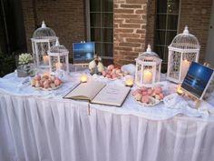 Μπεζέδες ,φαναράκια και βιβλίο Ευχων για το τραπέζι της υποδοχής