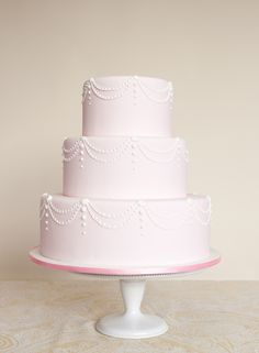 'My Funny Valentine'- a Simply Elegant Wedding Cake Design Elegant Wedding Cakes, Wedding Cake Designs, Cake Wedding, My Funny Valentine, Pastel Cakes, Traditional Wedding Cake, Sweet T, One Design, Beautiful