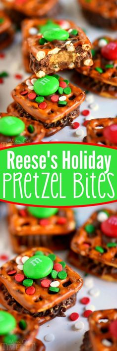 These Reese's Holiday Pretzel Bites need to make it onto your baking list this year! This recipe is so easy, your kids can totally make them for you. Sweet and salty and totally festive – no one will be able to resist these little treats! Christmas Food Gifts, Christmas Cooking, Christmas Desserts, Holiday Treats, Holiday Recipes, Christmas Candy, Christmas Goodies, Christmas Recipes, Holiday Candy