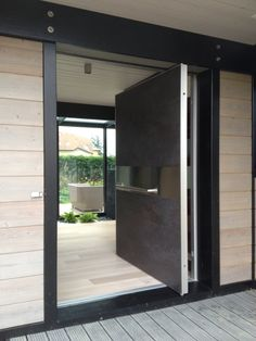 1000 images about main door on pinterest pivot doors entry doors and chalets for Porte vitree exterieure