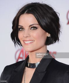 Actress Jaimie Alexander arrives at the Los Angeles Premiere Marvel's 'Avengers . - - Actress Jaimie Alexander arrives at the Los Angeles Premiere Marvel's 'Avengers Age Of Ultron' at Dolby Theatre on April 2015 in Hollywood, California. Jaimie Alexander, Jamie Alexander Hair, Boxie Cut, Pretty Hairstyles, Bob Hairstyles, Medium Hair Styles, Curly Hair Styles, Dark Short Hair Styles, Hair Today
