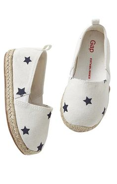 Fashion Kids Shoes Style 19 Ideas For 2019 Fashion Kids, Little Girl Fashion, Toddler Fashion, Fashion Shoes, Star Fashion, Womens Fashion, Baby Girl Shoes, Kid Shoes, Girls Shoes