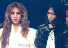 Yoshiki and Heath. X Japan Band Pictures, Aesthetic Boy, Bishounen, Gorillaz, Visual Kei, Pretty People, Poses, Concert, Lady