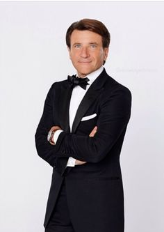 Get to know as from Dancing With The Stars. Read the official ABC bio, show quotes and learn about the role at ABC TV Robert Herjavec, Free Episodes, Shark Tank, Dancing With The Stars, 20th Anniversary, Famous People, Fangirl, It Cast, Seasons