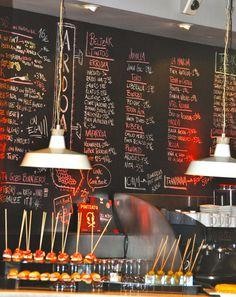 Fave tapas bar in San Sebastian Fuego Negro. thanks for sharing Jennifer - it's going onto my itinerary Tapas Bar, Tapas Restaurant, Restaurant Concept, Deli Shop, Cafe Shop, Cafe Bar, Bilbao San Sebastian, San Sebastian Spain, Restaurants