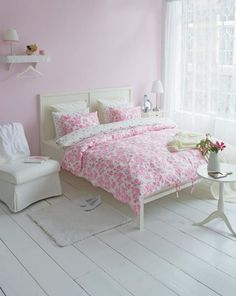 Sweet #bedroom // pretty pinks