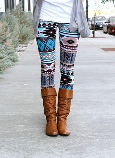Teal Aztec Leggings - cute way to pair patterned leggings - simple