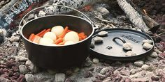 Lodge cast iron Dutch ovens are undoubtedly one of the best cookware that you can add to your kitchen. Manufactured from cast iron, these ovens are durable. Best Dutch Oven, Cast Iron Dutch Oven, Dutch Oven Camping, Camping Stove, Cooking 101, Oven Cooking, How To Cook Chili, Enamel Dutch Oven, Seasoning Cast Iron