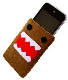 felt monster ipod case :D Felt Phone Cases, Felt Case, Felt Pouch, Tablet Cases, Felt Diy, Felt Crafts, Felt Monster, Iphone Case Covers, Gifts For Kids