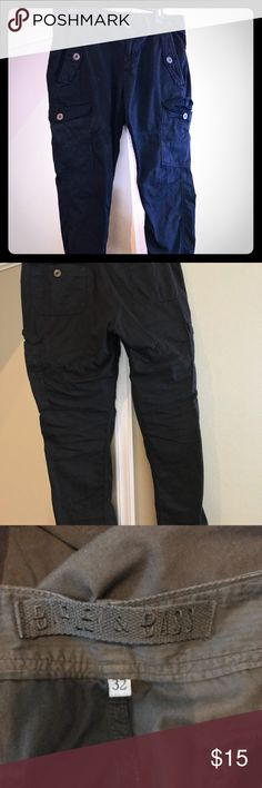 Black cargo pants by barley and bass Black cargo pants never worn Pants Cargo