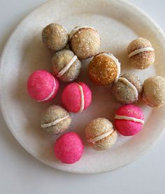 Cookie Recipe   My Favorite Christmas Cookies To Make From Scratch   Best Homemade Recipes For Holidays by Pioneer Settler at http://pioneersettler.com/favorite-christmas-cookies-make-scratch/