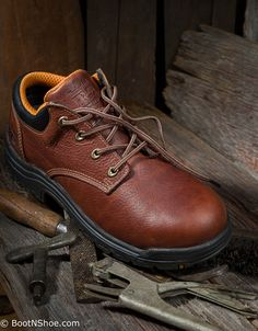 50+ Best Men's Safety Boots and Shoes