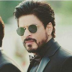 My favorite pic Salman Khan Photo, Shahrukh Khan, Shah Rukh Khan Quotes, Srk Movies, Beard Look, Sr K, Madhuri Dixit, Wallpaper Pictures, Bollywood Stars