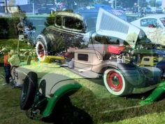 25th annual Rollin'Oldies Car Show in the Park
