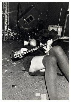 Kira Roessler (Black Flag)                                                                                                                                                                                 Más