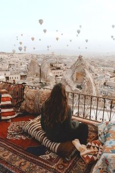 Romantic Travel Destinations For Adventurous Couples – - 旅行歴 & 旅行先 2020 Places To Travel, Places To See, Travel Destinations, Romantic Destinations, Africa Destinations, Romantic Vacations, Travel Pictures, Travel Photos, Honeymoon Pictures