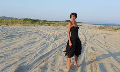 Maxi dress nero e collana floreale vintage Happiness BtqLa Civetta Stilosa –…