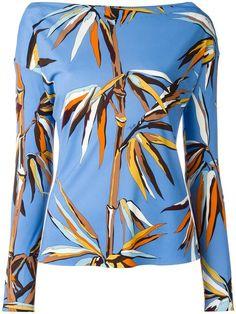 EMILIO PUCCI leaves print boatneck T-shirt. #emiliopucci #cloth #티셔츠